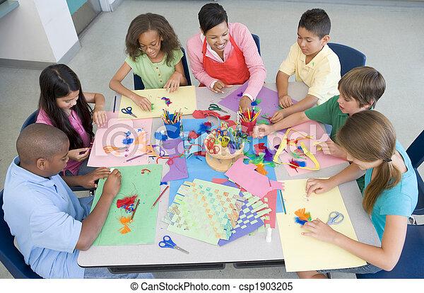 Elementary school art lesson - csp1903205