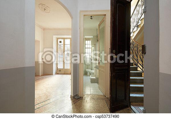 eleven, szoba, öreg, szoba, lépcsőház, belső, üres, fürdőszoba - csp53737490