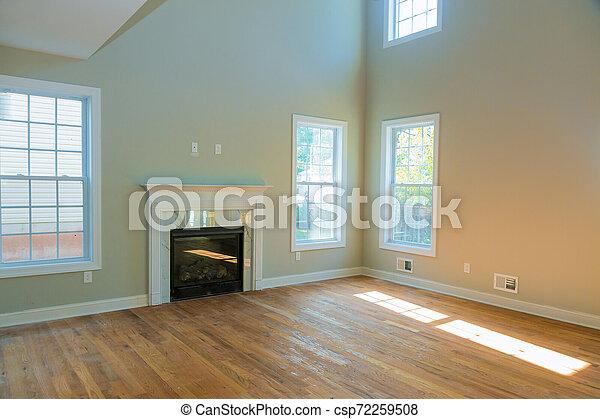 eleven, szoba, szoba, tágas, új, kandalló, üres - csp72259508