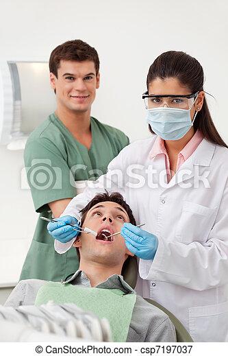 ellenőriz, fogászati türelmes, feláll, birtoklás - csp7197037