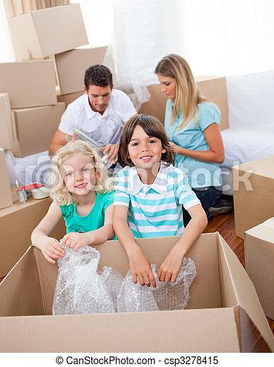 emballage, boîtes, famille, vif - csp3278415