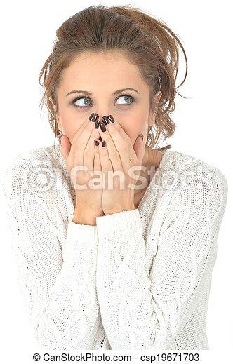 embarrassé, femme, jeune, choqué - csp19671703