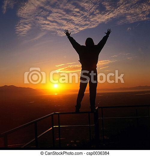 embracing the sun - csp0036384
