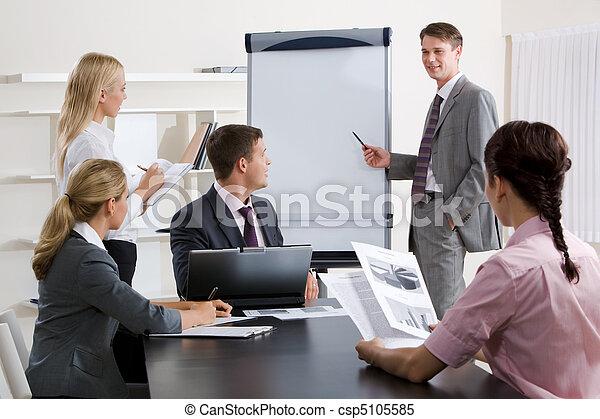 Educación de negocios - csp5105585