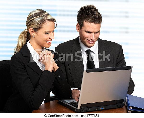 Gente de negocios - csp4777651