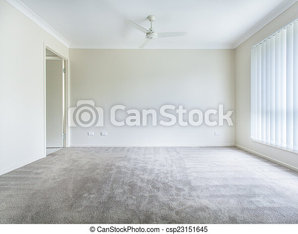 Empty Bedroom Large Empty Bedroom With Ceiling Fan And Curtains