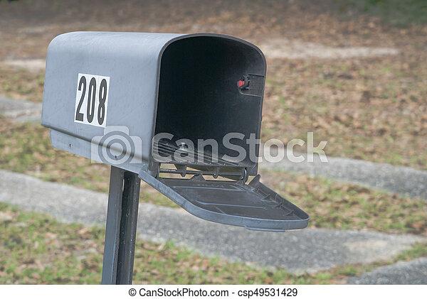 Empty mailbox - csp49531429