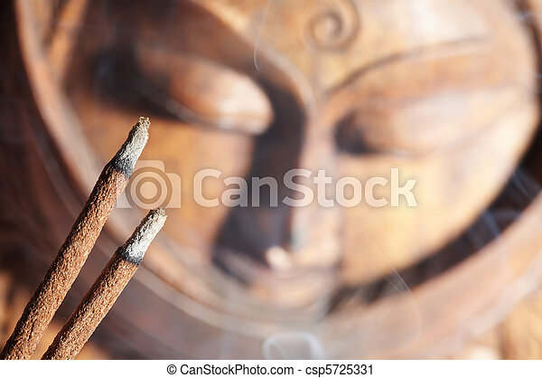 encens, smoldered, sandale-bois - csp5725331