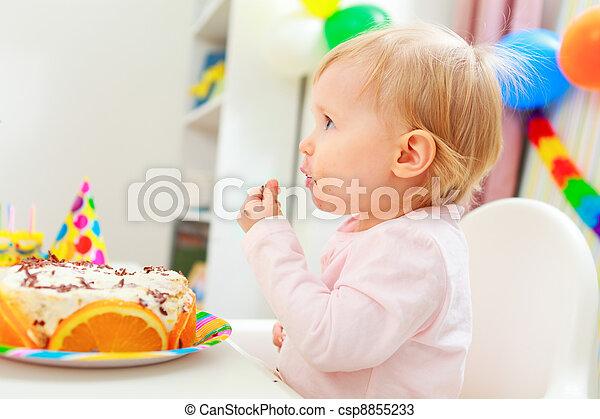 enduit, manger, gâteau anniversaire, manger, gosse - csp8855233