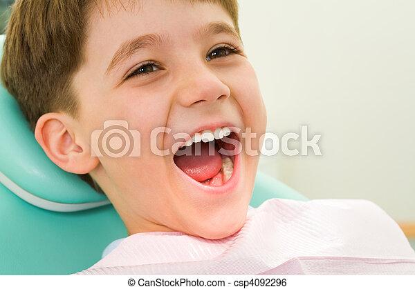 enfant, art dentaire - csp4092296