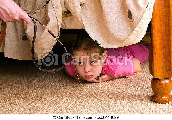 enfant, family., violence, bed., peaux, sous - csp6414029