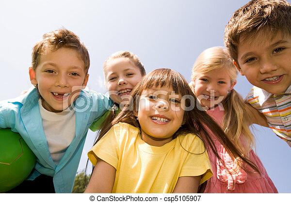 enfants, heureux - csp5105907