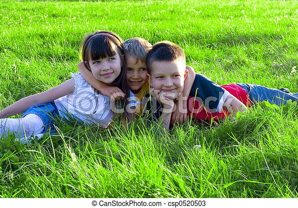 enfants, heureux - csp0520503