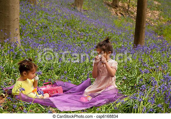 enfants, high-tea - csp6168834