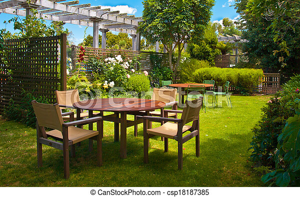 ensemble, jardin, aménagé, luxuriant, table haute