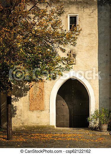 entrée, donau, der, ensoleillé, automne, église, spitz, jour - csp62122162