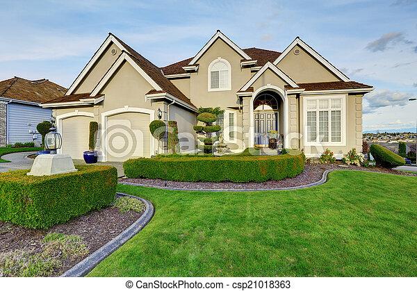 entr e porche maison luxe exterior vue entr e. Black Bedroom Furniture Sets. Home Design Ideas