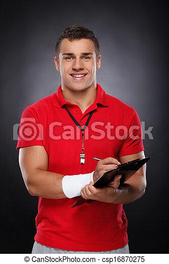 entraîneur, whistle., jeune, gai, presse-papiers, tenue, portrait, coach. - csp16870275