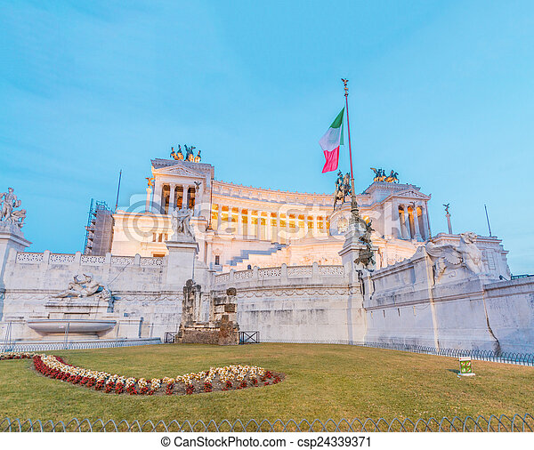 Equestrian monument to Victor Emmanuel II near Vittoriano in Rom - csp24339371