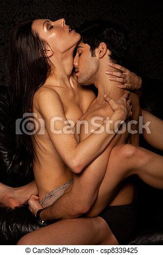 apasionado dama desnudo