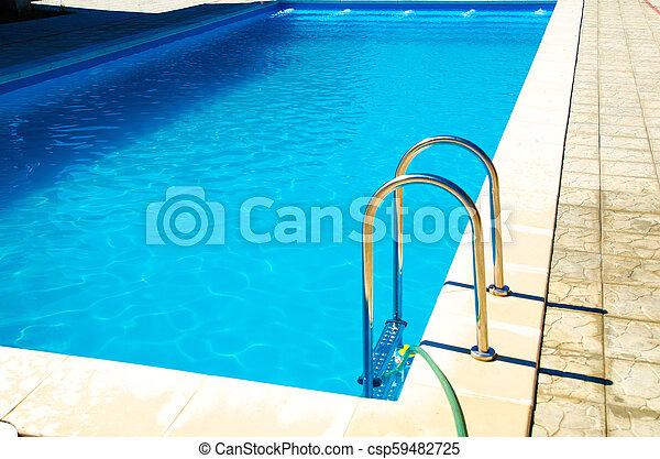 escadas, piscina - csp59482725