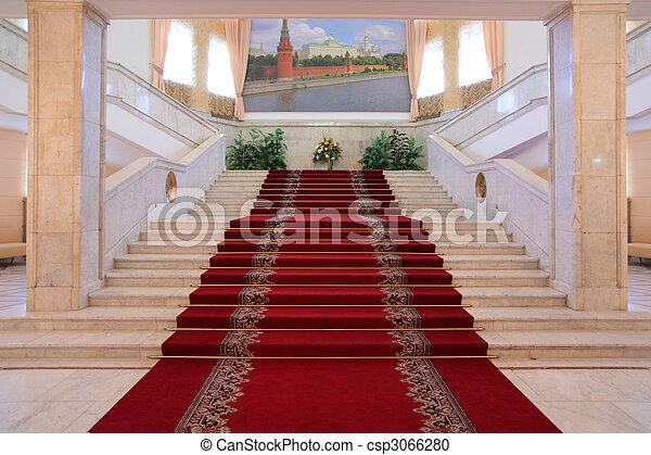 escalier int rieur luxe appartements photographie de stock rechercher des images et des. Black Bedroom Furniture Sets. Home Design Ideas