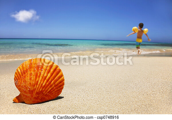 La escena de la playa - csp0748916