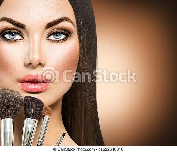 escovas composição, morena, menina, beleza - csp32640810
