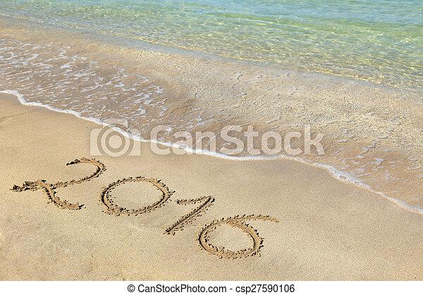 2016 escrito en la playa arenosa - csp27590106