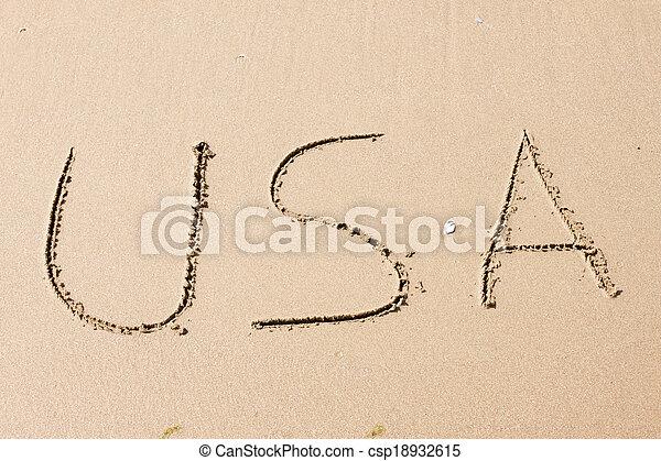 EE.UU., escrito en una playa arenosa - csp18932615