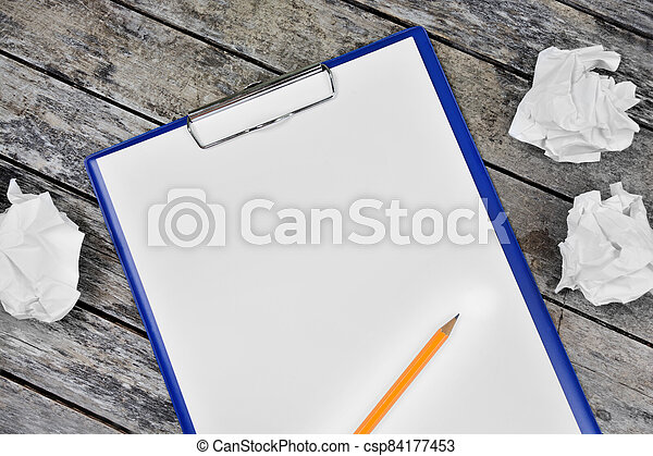escritorio, blanco, portapapeles, lápiz, blanco, papel - csp84177453
