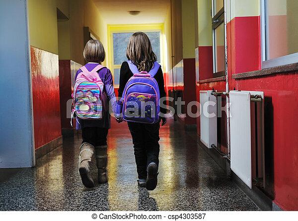escuela, grupo, niños, feliz - csp4303587