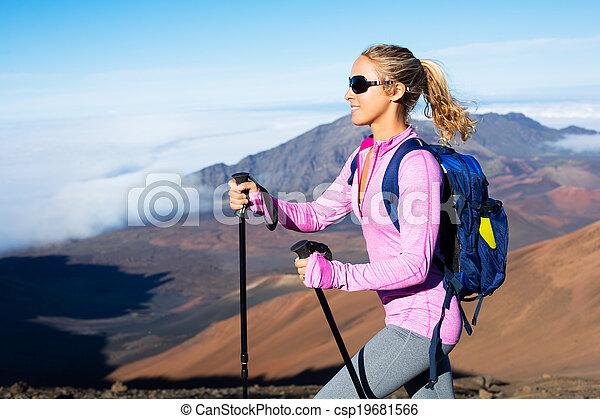 escursionista, montagne - csp19681566