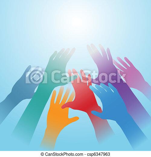 Las manos de la gente alcanzan el espacio de copia - csp6347963
