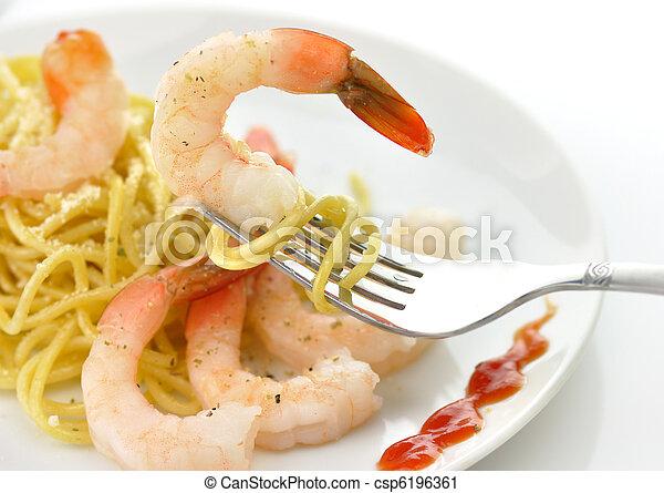 espaguetis, camarones - csp6196361