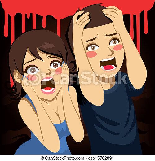Una pareja asustada gritando - csp15762891