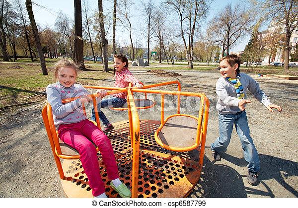 espiègle, enfants - csp6587799