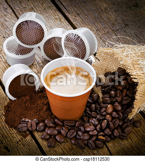 Espresso coffee in disposable cup with pods - csp18112530