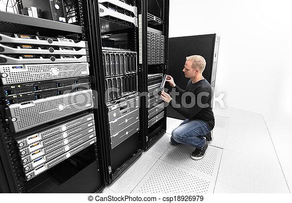 Esso datacenter san lavorativo consulente cremagliera for Consul datacenter