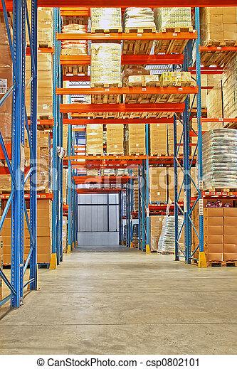 Estante en el almacén - csp0802101