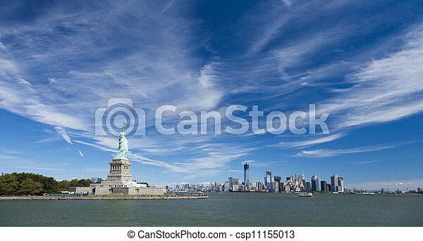 La estatua de la libertad - csp11155013