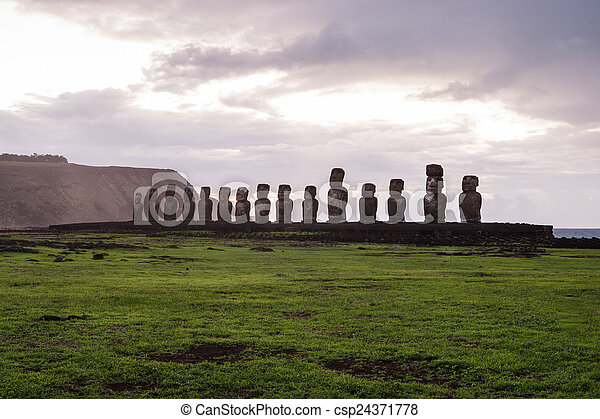 estatuas, nui., isla, de, pascua., isla, rapa, pascua - csp24371778