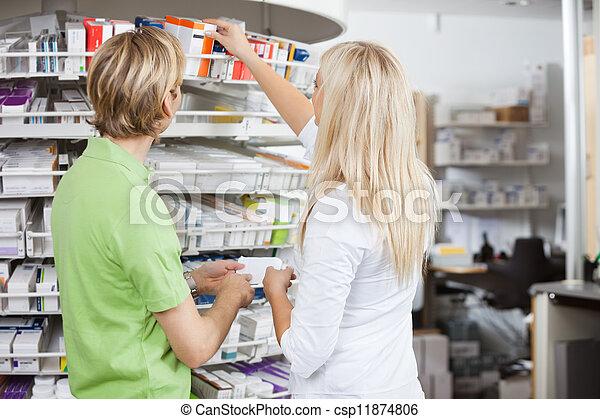 estilo de vida, farmacia - csp11874806