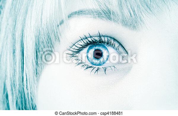 Ojo de mujer al estilo de alta tecnología - csp4188481