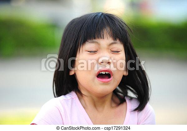 Estornudos - csp17291324