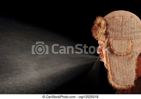 Hombre estornudo - csp12525018