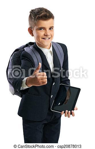 Estudiante sosteniendo una tableta y mostrando pulgares arriba - csp20878013