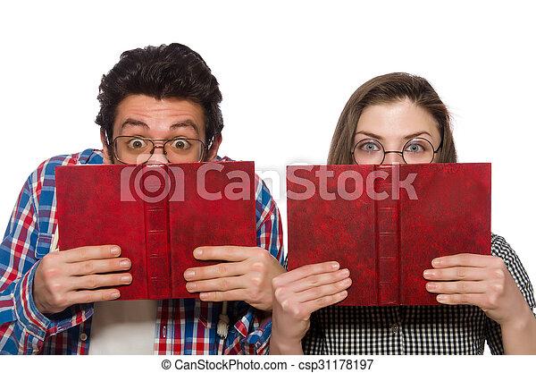 Un par de estudiantes aislados en blanco - csp31178197