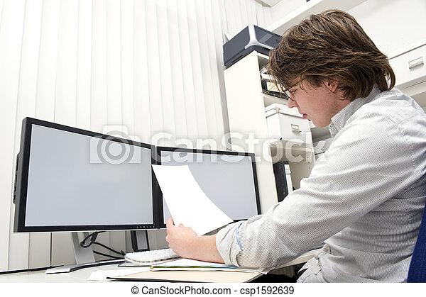 Estudiando un documento - csp1592639