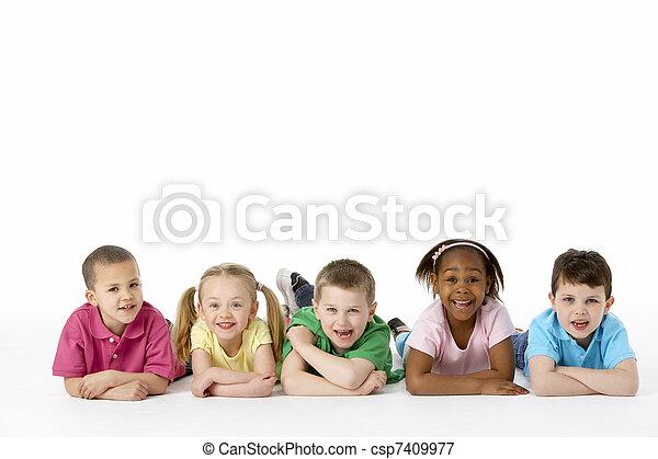 estudio, grupo, niños jóvenes - csp7409977
